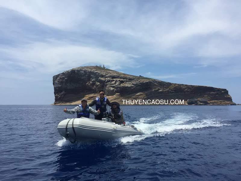 Thuyền Phao đi biển Hòn Hài